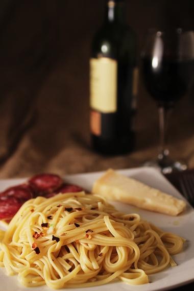 pasta aglio olio e peperoncino